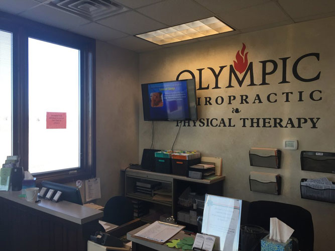 Chiropractic Sycamore IL Front Desk